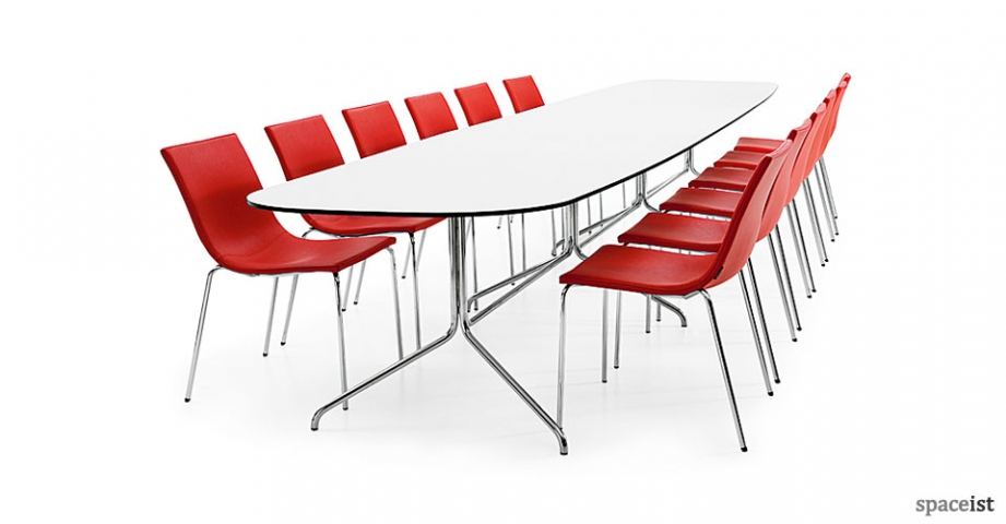 Spaceist-Bond-14-person-white-table.jpg