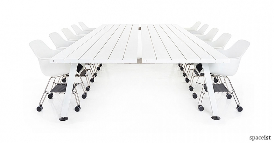 Spaceist-Marina-white-meeting-table.jpg