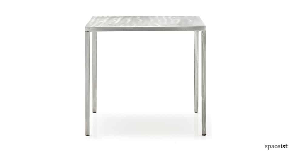 Spaceist-Naked-metal-cafe-table-blog.jpg