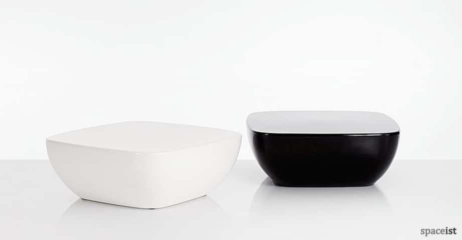 Spaceist-Orbital-white-black-coffee-table.jpg