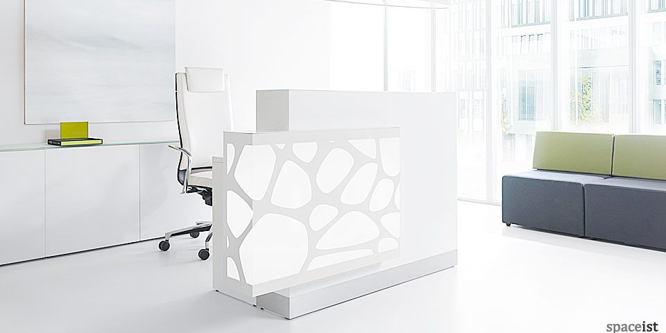 Spaceist-Organic-white-reception-desk-blog.jpg