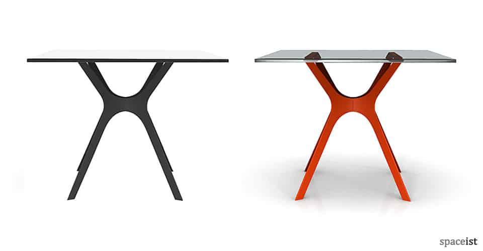 Spaceist-Vela-red-black-cafe-table-blog.jpg
