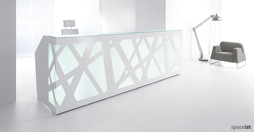 Spaceist-Zagg-white-LED-reception-desk-blog.jpg