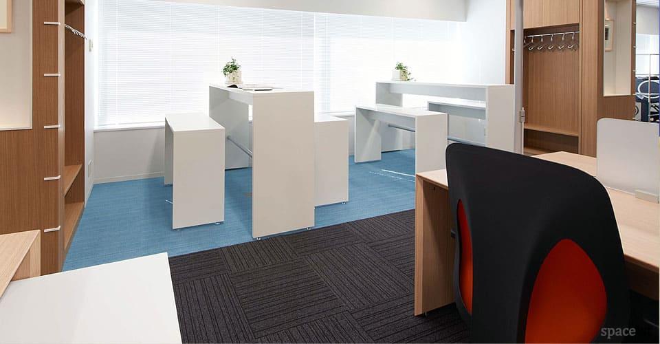 spaceist-XL-high-white-meeting-table-blog.jpg