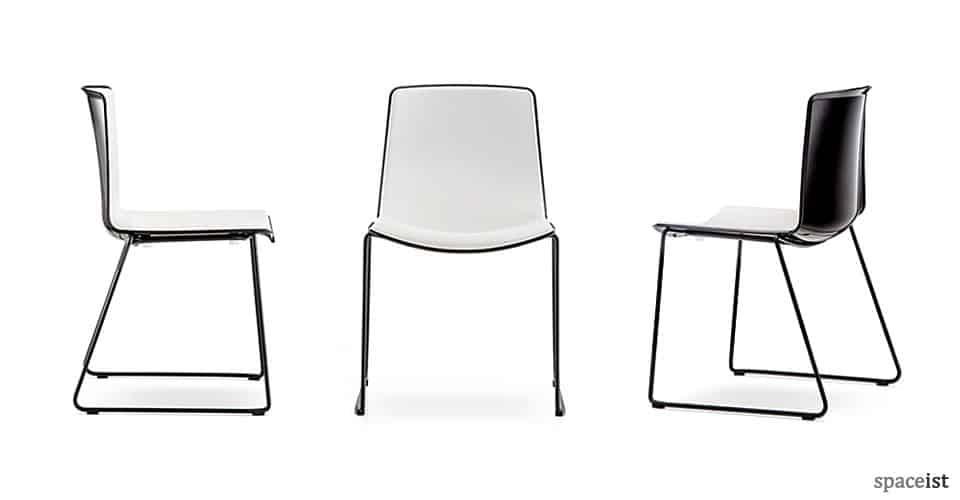 spaceist-weet-black-meeting-chair.jpg
