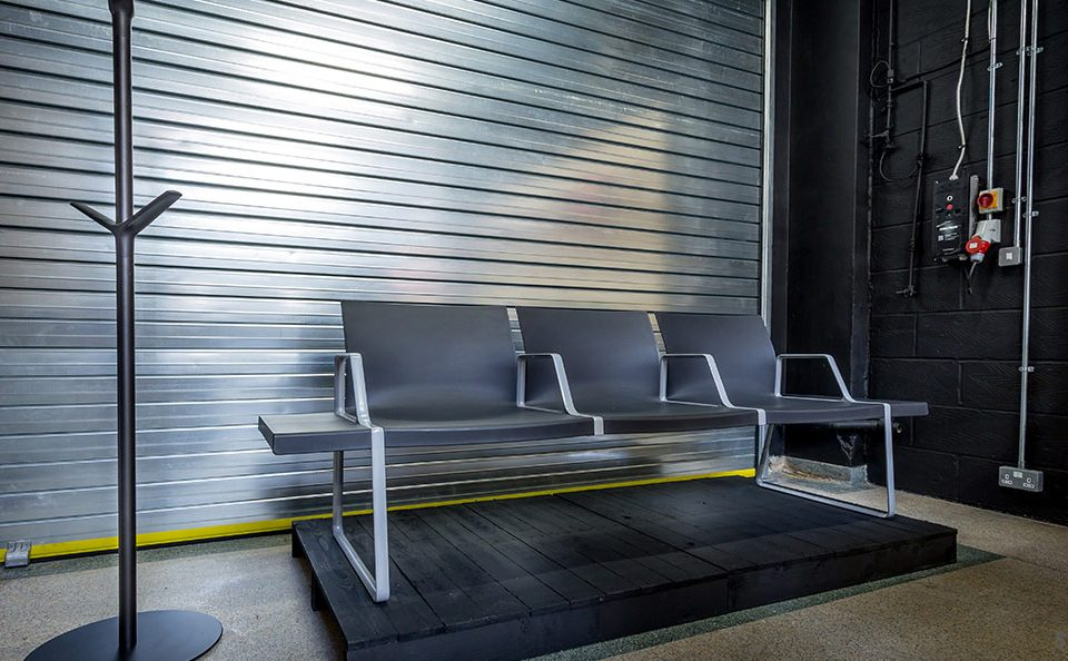 Spaceist-showroom-reception-bench.jpg