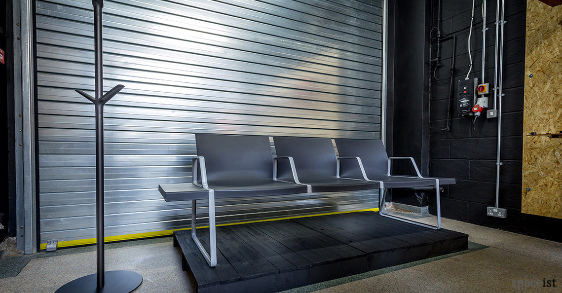Spaceist-showroom-reception-bench.jpg