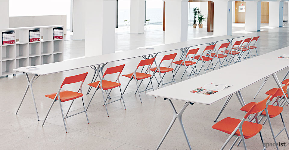 spaceist-Plex-folding-conference-table-2.jpg
