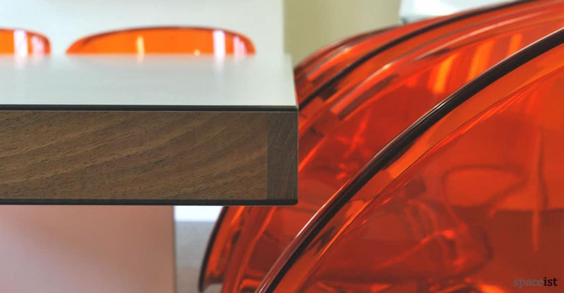 spaceist-agency-inc-white-meeting-room-table-closeup.jpg