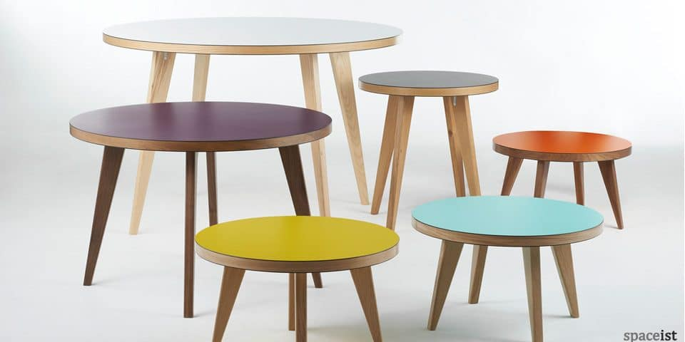 spaceist-jura-round-meeting-table-colours.jpg