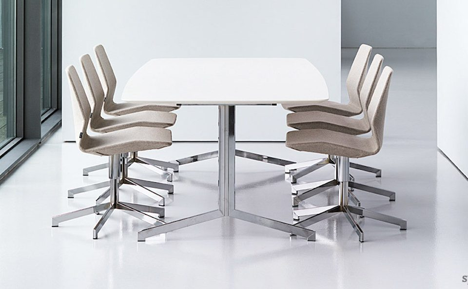 spaceist-madison-white-chrome-meeting-table-2_20160307-163459_1.jpg