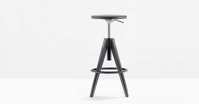 Stool in Black with Round Seat