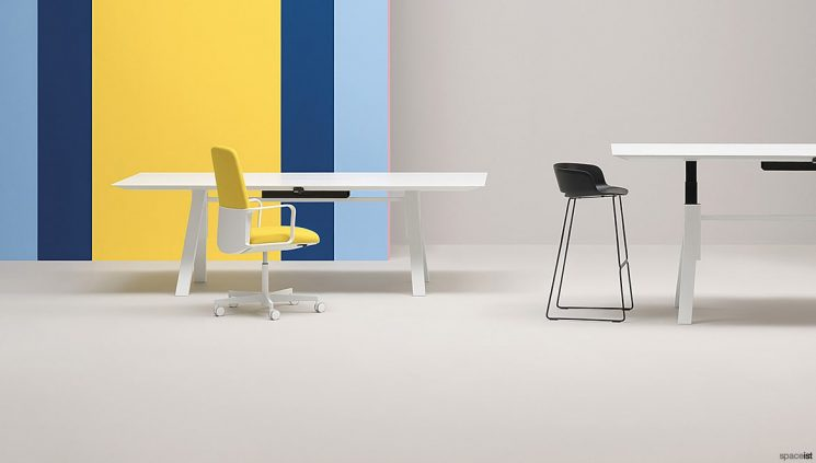 Standing Meeting Table