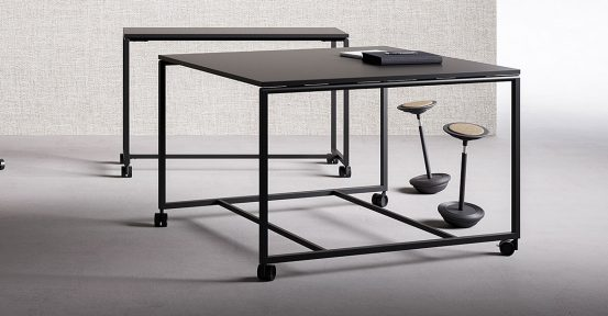 Atelier-Black-Standing-Table-Spaceist