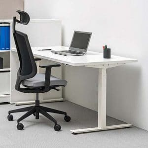 Can the right office furniture help to improve our body language?
