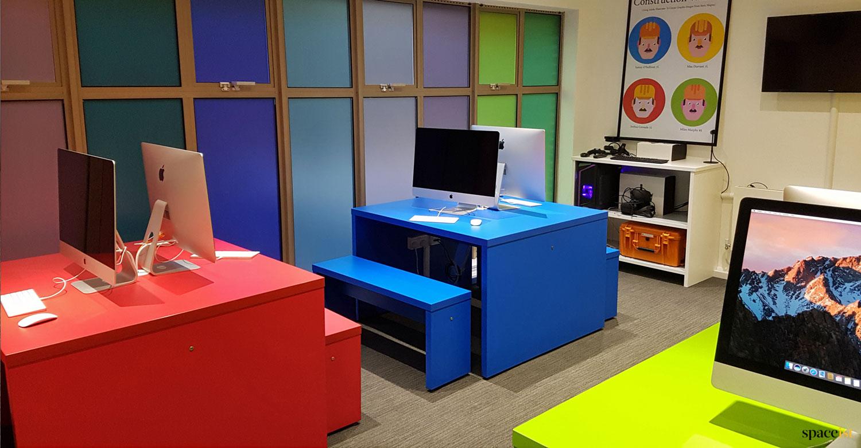 Canteena-school-computer-desks