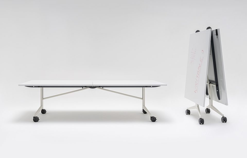 Ex large foldable table