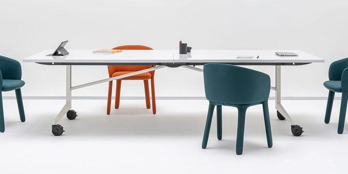 Writable foldable table