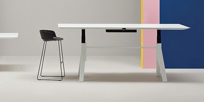 Height Adjustable Meeting Tables