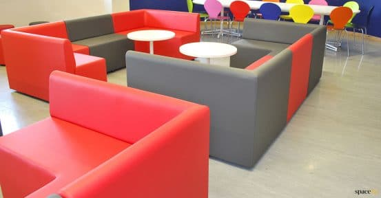 student common room seating
