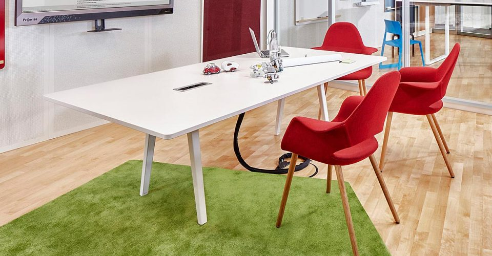 8 Person Meeting Table