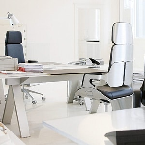 Office chair without wheels Pros & Cons