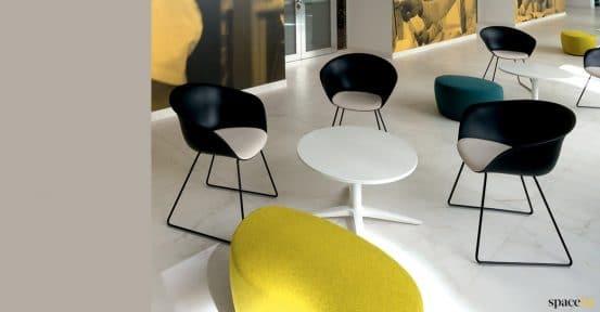 Duna black reception chair