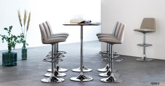 High retro stools