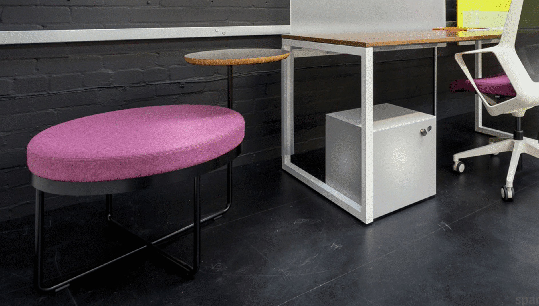 Spaceist-Shims-Seat plus table-showroom-image