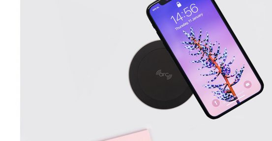 Black wireless charger with phone