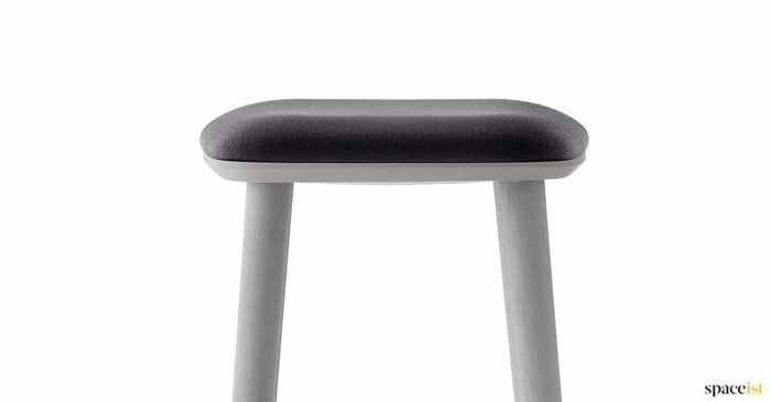 Babila low srtool with black fabric seat