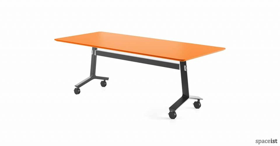 Blade folding table black base with orange top