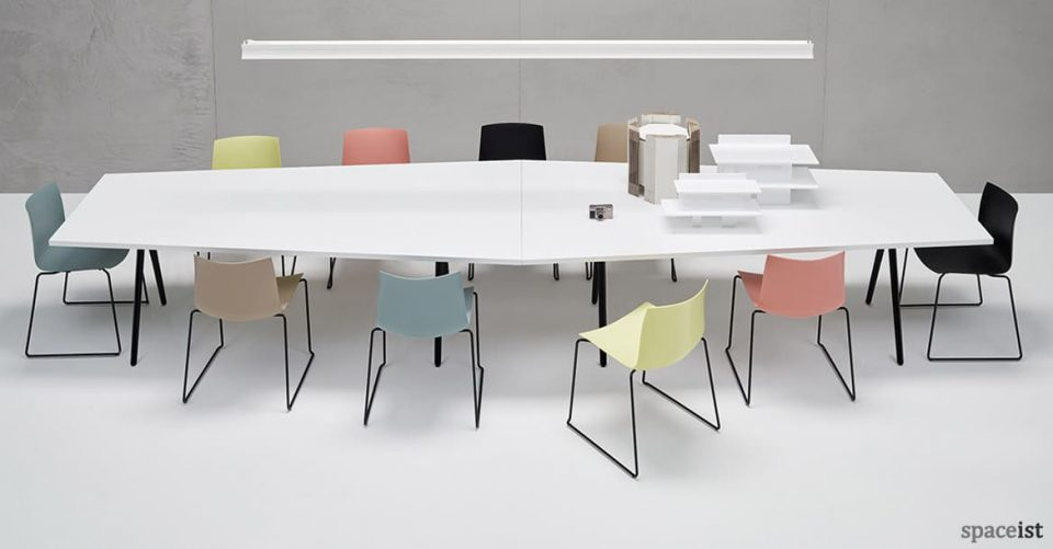 Catifa46 pastel blue pink brown yellow meeting chair