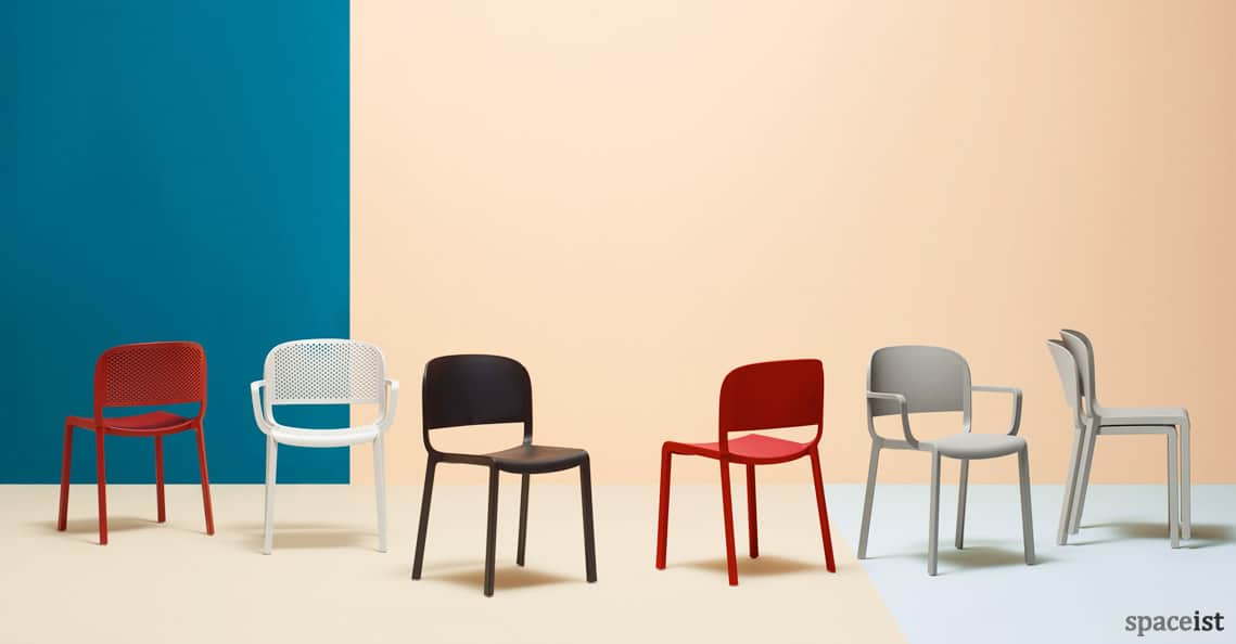 Spaceist Dom stacking cafe chair red