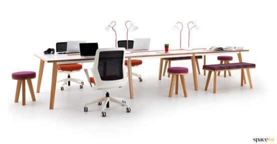 Flow task chair in white + orange