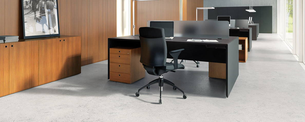 Forty5 desk space