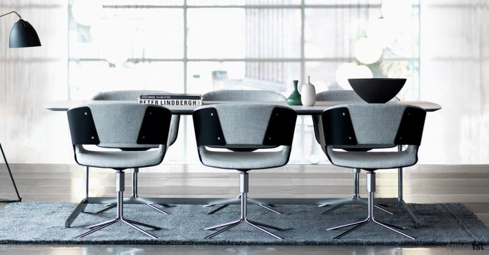 Gap office meeting room chair in black and grey