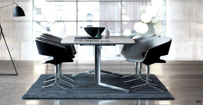 Gap meeting room chair in grey and black