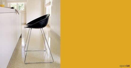 Gliss black bar stools