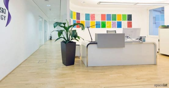 Hi-line white, grey and chrome reception desk