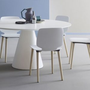 White round Icon meeting table with Bablia chairs
