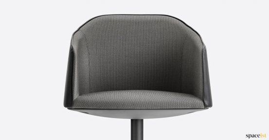 Laja meeting chair black