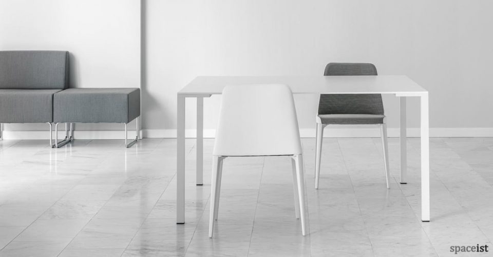 Laja white leather and grey meeting chair
