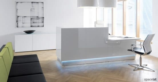 spaceist-lina-white-glass-office-reception-counter