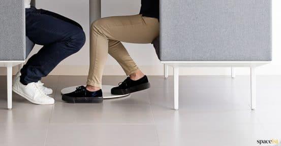 Longi high back office sofa closeup grey