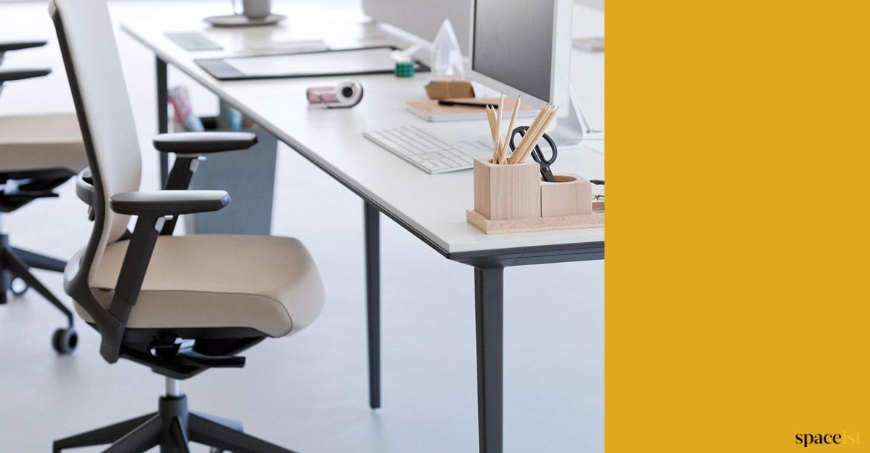 Bench Desks Long Black 4 Person Desk Spaceist Office