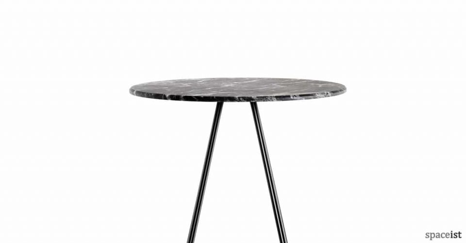 Luna black marble round top closeup