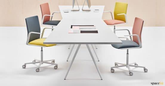 8 person angled desk