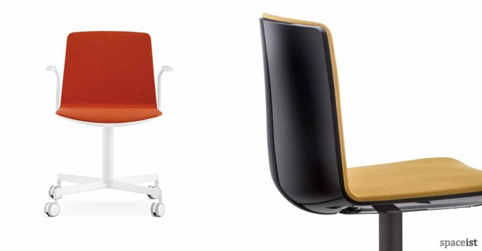 Noa white meeting chair on castor with a red seat