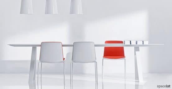 Noa designer boardroom chair in red